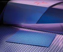 Műanyag kilépő szőnyeg kék színben